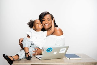 Robyn & Parker of Corporate Momming
